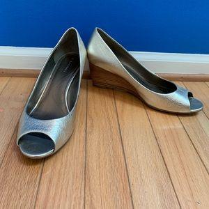Tahari Ian Gold Peep Toe Wedge Heels